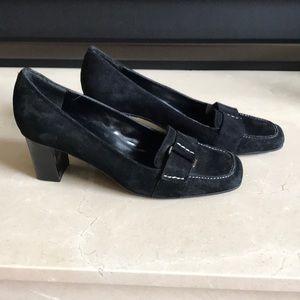 Bandolino Shoes - Bandolino black suede shoes